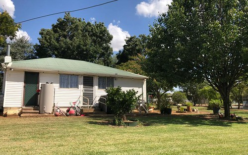 1 Ash St, Forbes NSW 2871