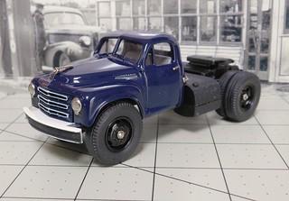 1950 Studebaker 2R semi-tractor