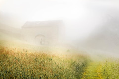 Summers Past (gerainte1) Tags: yorkshiredales yorkshire dales mist barn colour