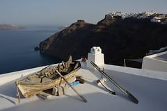a boat on the roof (moniq84) Tags: boat roof wood santorini greece island sea landscape rocca skaros europe rock firostefani imerovigli walking