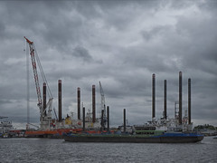 Amsterdam haven (Theo_2011) Tags: haven harbour water wolken cloud amsterdam ship schip