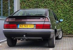 Citroën XM 2.0i VSX Turbo C.T. (Skylark92) Tags: nederland netherlands holland flevoland almere xenonstraat 158 do citroen specialist service garage bxclub bollen bbq meeting car road wheel citroën ct turbo vsx 20i xm 1996 nznh40 people