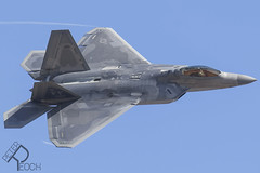 09-4187 / United States Air Force / F-22A Raptor (Peter Reoch) Tags: fidae fidae2018 chile chilean chileanairforce air force flying display airshow show santiago airport aviation aircraft 094187 united states f22a raptor usaf unitedstatesairforce f22 f22araptor stealth fighter