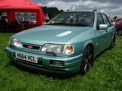 1991 Ford Sierra Sapphire 2.0i Ghia (Neil's classics) Tags: vehicle 1991 ford sierra sapphire 20i ghia