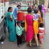 fatehpur sikri foodcart (kexi) Tags: india asia uttarpradesh fatehpursikri square people foodcart women children colors canon february 2017