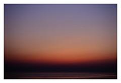 seascape...and contrail (kouji fujiwara) Tags: fujifilm xt2 xf1655mm 空景 skyscape 海景 seascape 日本海 seaofjapan sunset 飛行機雲 contrail