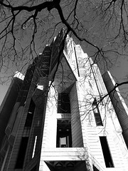 Robarts Library, University of Toronto (gt223) Tags: concrete brutalist brutalism modern modernarchitecture architecture blackandwhite robartslibrary universityoftoronto toronto