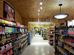 Beverage Juice Promo (Nicholas Eckhart) Tags: america us usa 2018 marion indiana in retail stores needlers fresh market former reuse marsh supermarket groceries interior