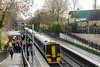 Oversubscribed (Nodding Pig) Tags: keynsham railway station train bathnortheastsomerset england greatbritain uk 2017 class158 dieselmultipleunit brel 158957 gwr greatwesternrailway passengers 201711258624101