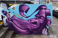 Lélé (Thethe35400) Tags: artderue arteurbano arturbain arturbà arteurbana calle grafit grafite grafiti graffiti graffitis graff mural murales muralisme plantilla pochoir stencil streetart schablone stampino tag urbanart animal gorille