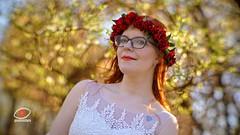 Iza (gienekwichura) Tags: portrait meoptameostigmat5010 bokeh bokehlicious 110 spring wreath wianek fastlens ultrajasny ślub wedding tatoo