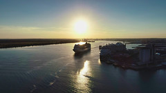 MSC Magnifica (thephantomzone2018) Tags: water weston thephantomzone2018 unitedkingdom phantom p4p port aerial southampton ship solent dji drone docks gb magnifica harbour liner cruise cruises cruising vts video boat msc