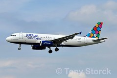 N603JB (bwi2muc) Tags: bwi airport airplane aircraft airline plane flying aviation spotting spotter airbus a320 jetblue n603jb bwiairport bwimarshall baltimorewashingtoninternationalairport specialcolors speciallivery specialscheme jetbluevacations tobeachtheirown