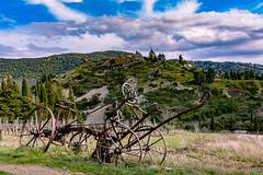 Au travers des époques (Shoot Enraw) Tags: moulin cucugnan château quéribus aude occitanie nature architecture charrue vignes