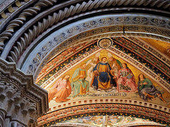 San Brizio Ceiling (█ Slices of Light █▀ ▀ ▀) Tags: ceiling fresco cappella chapel madonna san brizio entrance duomo orvieto 奥尔维耶托 主教座堂 cathedral 座堂 church fra beato angelico 弗拉 安杰利科 luca signorelli 盧卡 西諾萊利 interior catholic italia 意大利 italy olympus em1