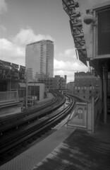 Homeward bound (pabs35) Tags: film believeinfilm blackandwhite bw ilford fp4 fp4plus 35mm ilfordfp4plus vivitar pn2011 toycamera d76 chicago rails cta platform