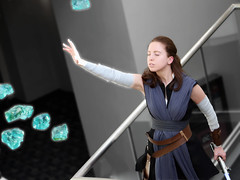 Rey using the Force (greyloch) Tags: awesomecon cosplay costume starwars thelastjedi rey photoshop niksoftware canonrebelt6s 2018 moviecharactercostume moviecharacter