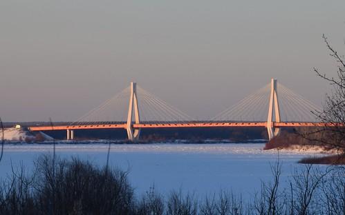 Сable-stayed bridge. (Вантовый мост)