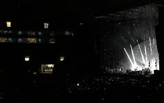 SOUNDHEARTS Festival São Paulo - RADIOHEAD, Allianz Parque. (eROV65) Tags: junun flyinglotus aldotheband radiohead allianzparque soundheartsfestival sãopaulo brazil br sp sampa livepass amoonshapedpool britishrockband rockandroll music festival radioheadtour tour turnê estádiodopalmeiras tourdates banda thomyorke stage palco público fans fãs plateia arquibancada djflyinglotus cenografia rocknroll psicodélico edobrien southamericaradioheadtour southamerica américadosul fakeplastictrees daydreaming jonnygreenwood colingreenwood philipselway guitarra baixo bateria vocal teclados sintetizadores samples distorçãodeguitarra