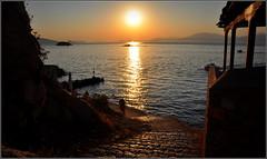 bonsoir Grèce ! (Save planet Earth !) Tags: sunset grèce mer soleil sky sun amcc nikon travel voyage