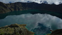 Laguna Quilotoa (jonathan.biedermann) Tags: backpacker cotopaxi ecuador spiegelung montaña mountain berge lake see kratersee krater quilotoaloup quilotoa trekking hike wandern