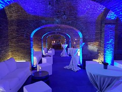 "Groppoli_uplights_blu_arredo_wedding_interno • <a style=""font-size:0.8em;"" href=""http://www.flickr.com/photos/98039861@N02/41276197881/"" target=""_blank"">View on Flickr</a>"