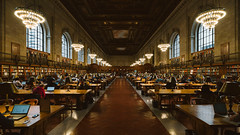 The New York Public Library #II (Alexander Rentsch) Tags: sonya7ii canontse17mmf4l usa newyork manhattan thenewyorkpubliclibrary nypl architecture architektur bibliothek urban city retro vintage colors colours geometry vscofilm