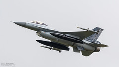 Belgian F-16AM (M J Robinson Photography) Tags: 2017 arrivals riat thursday royalinternationalairtattoo raf fairford belgian belgium air force component generaldynamics lockheedmartin f16 am f16am fightingfalcon 1st squadron stingers fighter jet aviation photography nikon d7100 nikond7100