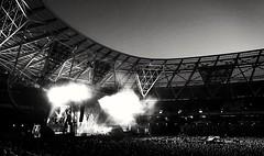 Foo fighters London stadium 2 (WRW Photography) Tags: sony sonyxz smartphone cameraphone foofighters stadium blackandwhite londonstadium london capitalcity