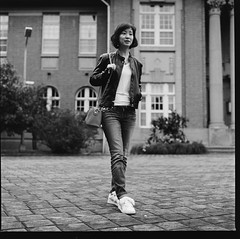 000913110012 (Steven Tsai (正港蔡爸)) Tags: hasselblad501c hasselblad planar128f80mm shanghaigp3100 expiredfilm bw mediumformat analog film filmphotography