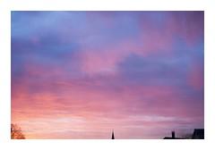 _JP28251 (Jordane Prestrot) Tags: ⛎ jordaneprestrot tempsquotidien ciel sky cielo aurore dawn aube sunrise aurora alba cloud nube nuage clocher belfry campanario