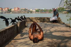 Morning (SaumalyaGhosh.com) Tags: morning kolkata river color india street streetphotography bridge howrah travel