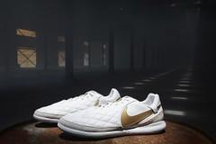 "Nike TiempoX Lunar Legend VII Pro 10R IC City Collection ""Milan"" & ""Barcelona"" for Ronaldinho (eukicks.com) Tags: nike barcelona kicks milan new sneaker releases tiempox lunar legend vii pro 10r ic ronaldinho"