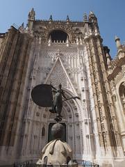 P4250218 (kriD1973) Tags: europe europa españa spain spagna spanien espagne andalucía andalucia andalusien andalousie andalusia alandalus الأندل sevilla siviglia seville statua statue art arte