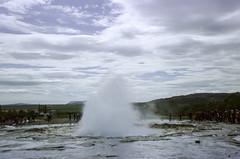 Strokkur Geyser (hiphopmilk) Tags: copyright©jaredyehwooehmoehfilms nikonfm2n nikonfm2 nikon fm2 35mm 135film film analog analogue kodak nikkor hiphopmilk north europe nordic iceland strokkur geyser geysir geothermal eruption hafnartún selfoss