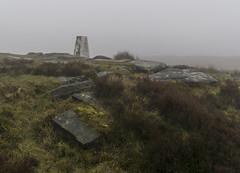 White Edge (l4ts) Tags: landscape derbyshire peakdistrict darkpeak whiteedge trigpoint moorland heather gritstone gritstonetors lowcloud mist mizzle