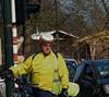 Le maillot jaune - The yellow jersey (p.franche Visit(ez) mes expositions) Tags: panasonic lumix fz200 bruxellesbrussel brussels belgium belgique belgïe europe pfranche pascalfranche hdr dxo phototab flickrelite schaerbeek schaarbeek yourbestoftoday man homme vélo bicycle maillotjaune theyellowjersey streetshot snapshot instantané portrait urban city ville jaune yellow lunettes casque