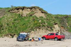 We're gonna need a bigger shovel (Julie (thanks for 9 million views)) Tags: ireland irish baginbunhead beach landrover vehicle car cliff dunes coast wexford 2018onephotoeachday canoneos100d wackyweekends hww