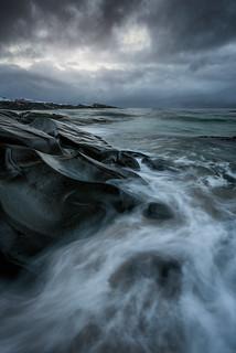Tidal waves at Hov