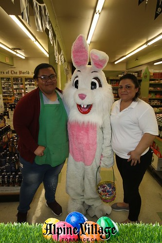 Alpine Village Center Easter 2018 - Photo By Joe Stewart for Sce