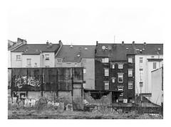 Die Stadt 208 (sw188) Tags: deutschland nrw ruhrgebiet dortmund hörde sw stadtlandschaft street bw blackandwhite