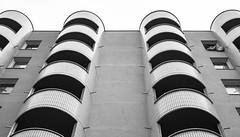 Hurlant. [Screaming] (Adrien GOGOIS) Tags: paris konica hexanon ar 40mm f18 architecture noir et blanc black white building perspective angle line curve sky ciel courbe ligne mouth sony alpha a6000 vintage old classic manual lens