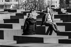 Berlin Spring 2018 (Photo VoJo) Tags: berlin germany sightseeing trip street jews jewish memorial bricks concrete