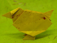 Poussin par Barth Dunkan (chouhartem) Tags: origami chick poussin pliage simple barthdunkan