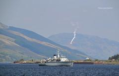 HMS Hurworth (Zak355) Tags: rothesay isleofbute bute scotland scottish navy royalnavy minesweeper minehunter ship shipping boat vessel riverclyde hmshurworth m39 flares training exercise