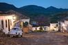 Tiradentes - Minas Girais - Brasil (pepsiline) Tags: minas girais tiradentes night fusca coccinelle beetle paved street colonial mountains landscape brasil