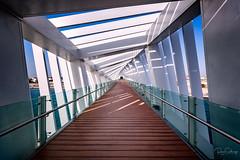 Bridge over Dubai Canal (Siebring Photo Art) Tags: dubai dubaicanal uae verenigdearabischeemiraten ae