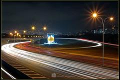 Autopista Francisco Fajardo y la esfera de Soto vista en la noche..! ©Jkrlos36 (jkrlos36) Tags: ©jkrlos36 cityscapes longesposure nightcity night urban nightphotography longnightexposure cityofnocturnal caracas venezuela autopista freeway largaexposición largaexposiciónnocturna