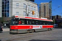 Toronto Transit #4198 (Jim Strain) Tags: jmstrain tram streetcar trolley toronto ttc transit ontario cananda