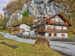 Bavarian style houses under a cliff near Oberaudorf, Bavaria (UweBKK (α 77 on )) Tags: bavaria bavarian bayern houses style architecture germany deutschland europe europa cliff rock mountain village rural iphone